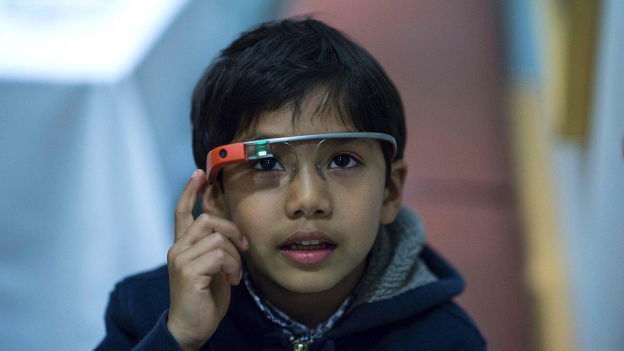 kid wearing google glass